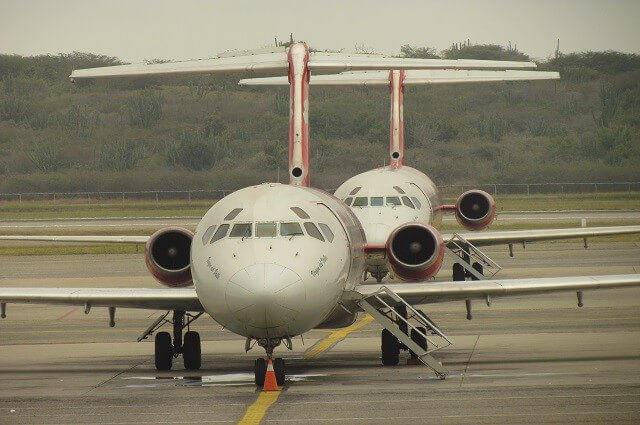 aviones_en_el_aeropuerto_de_maiquet_a