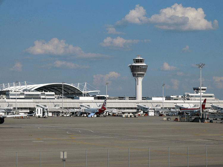 Flughafen-München